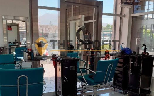 en venta derecho a llave de peluquería en Las Condes